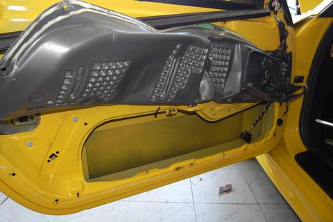 996ターボのウインドーレギュレーターの修理しました。