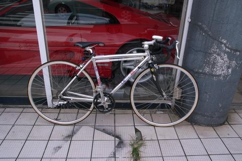 今日は自転車を引っ張り出してみました。