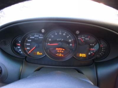 本日は04年911GT3の、納車です。